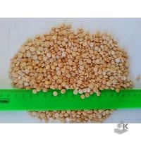 Yellow peas polished whole and crushed for export